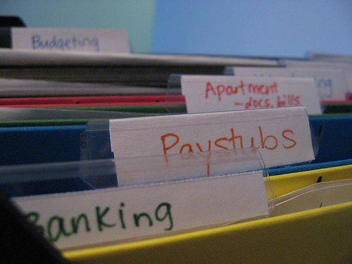 organizing money Simplify Your Life Organize Your Finances