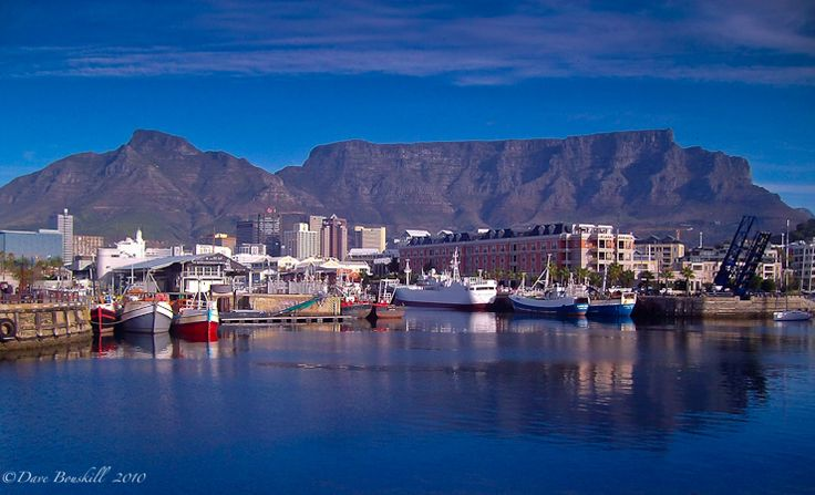 Cape Town, South Africa : To us it really is the most beautiful city in the world. How could it not be with Table Mountain as it's backdrop.