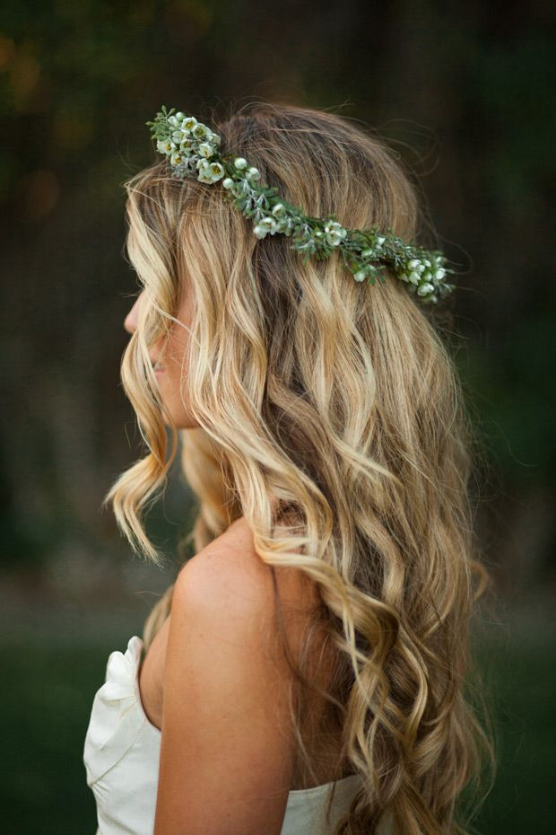 Best 20+ Beach Wedding Hair Ideas On Pinterest | Beach Wedding Hairstyles Beach Bridal Hair And ...