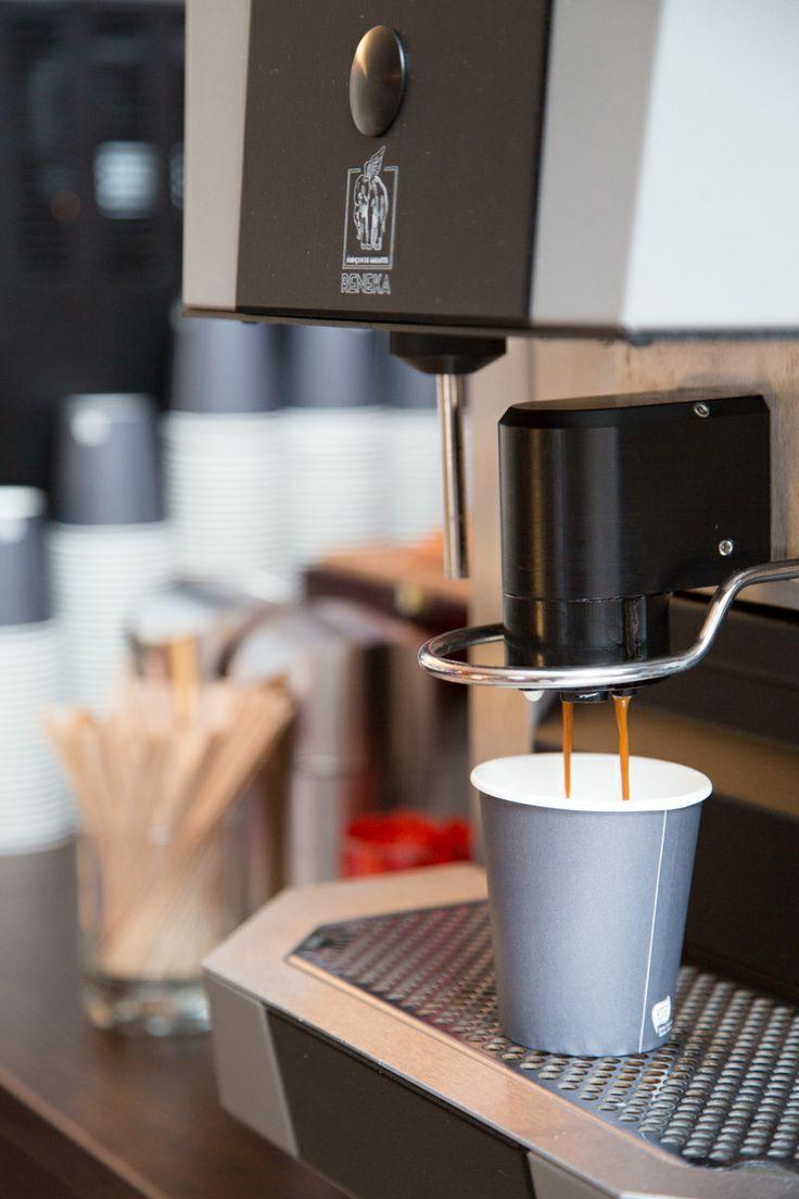 Tip: Regel lekkere koffie – echt lekkere koffie – ; daar houden mensen van. Onbeperkt echt lekkere koffie, een van de #mogelijkheden binnen de Nieuwe #Buitensocieteit.