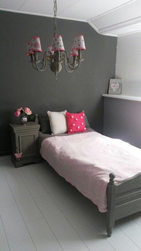 Landelijke meidenkamer 1persoons (is verkocht) Annie Sloan French Linen