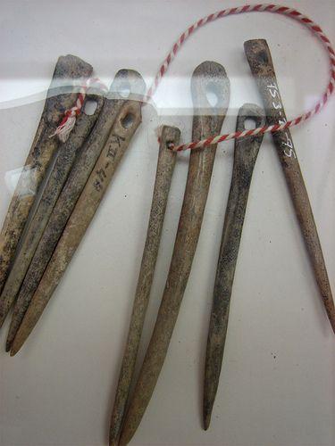 Bone needles .......... Museum Dorestad