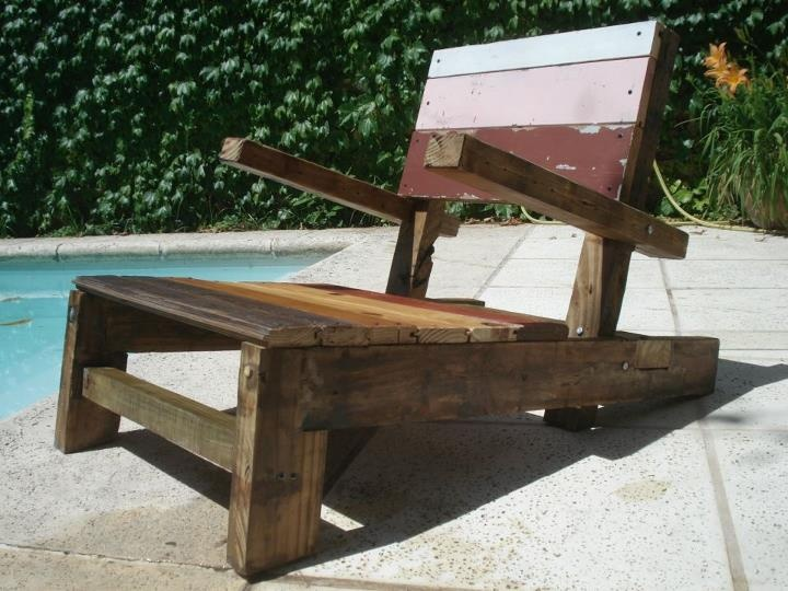 """La Brotola""  Resposera con madera 100% reciclada by WOODHEAD  www.facebook.com/WHMUEBLES"