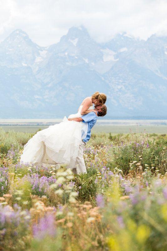 Photos by JamyeChrismanPhotography.com Jackson Hole Wedding Wedding Tree Grand Teton National Park Wedding