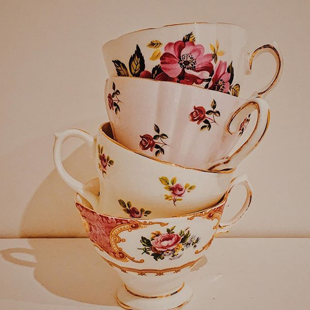 So many pretty teacups... Just putting together a pink theme for tomorrow. #vintagechinahire #vintagecrockeryhire #vintagecrockery #vintagechina #vintageteaparty #vintageteapartylondon