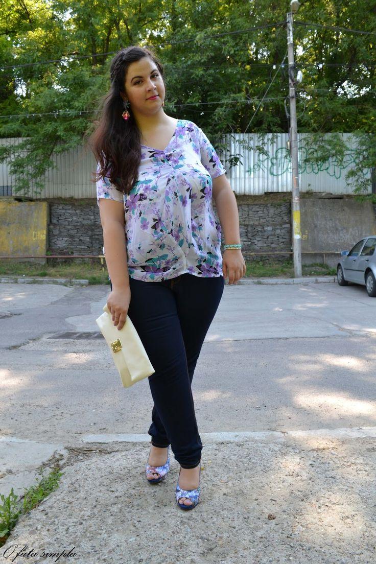 O fata simpla: Flower Print Blouse #oasap #lovelyshoes #lovelywholesale