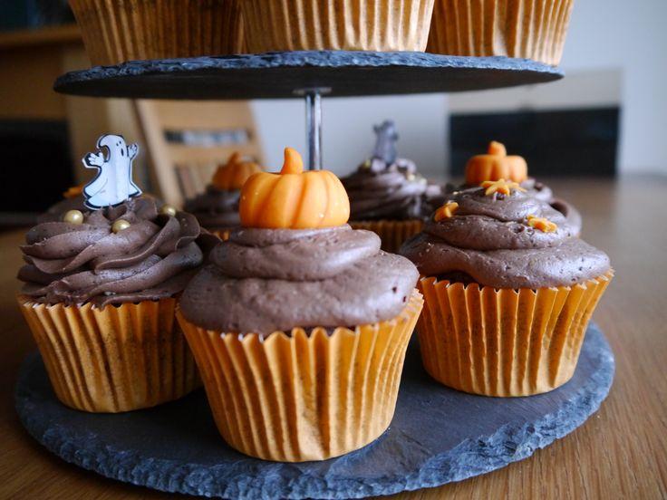 Halloween chocolate orange cupcakes
