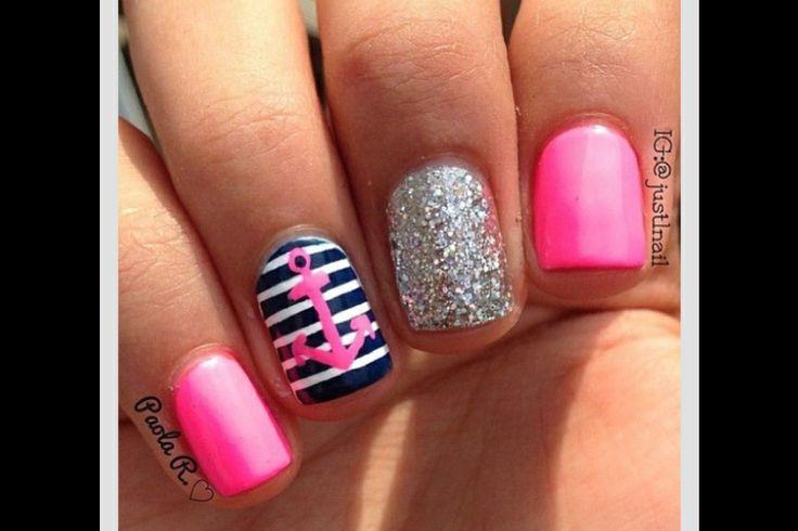 Beach nail art!