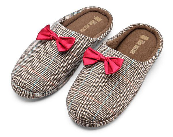 BBC Doctor Who 11th Doctor Men's Slippers - Size 13-14 - Officially Licensed  #DoctorWho #BowTie