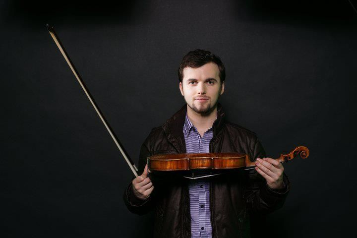 """Learn to play violin from scratch for FREE! - Course for absolute beginners. No previous knowledge required.  In this course we will learn basic violin playing techniques as well as to play """"Twinkle twinkle little star"""". No pre-knowledge required. You will need to have violin, bow, rosin, tuner and passion for playing, we will learn the rest on the way together!"""