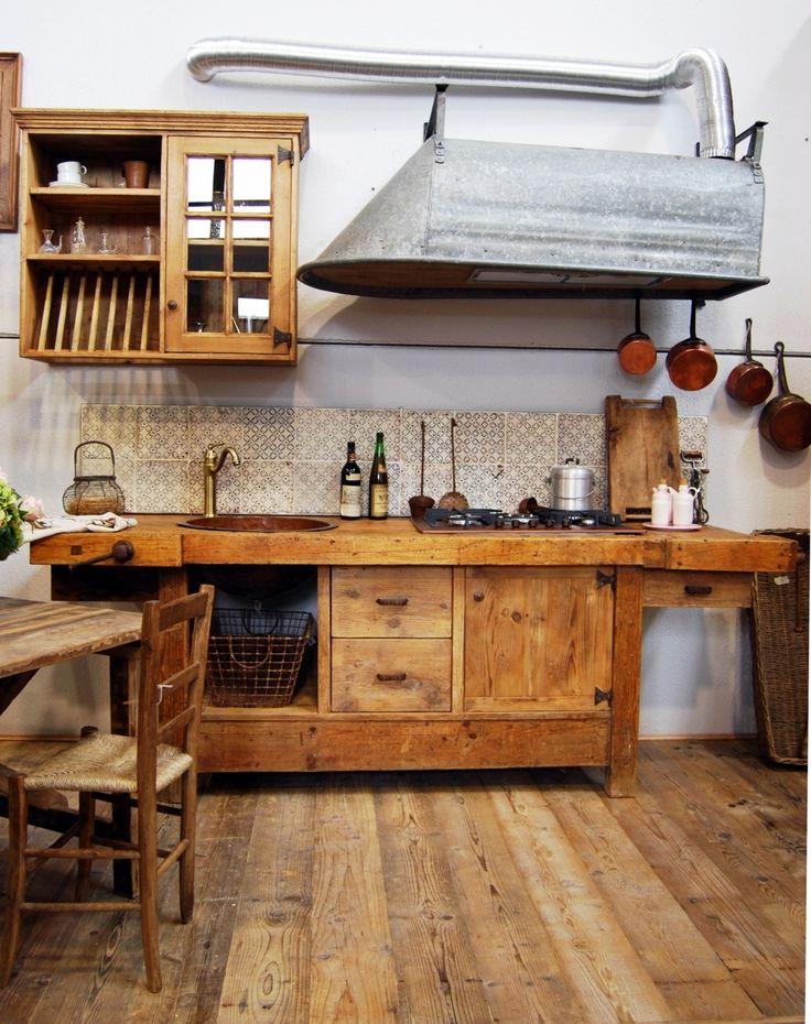 cucina vintage una rielaborazione artigianale e fantasiosa del concetto di recupero applicato ad un
