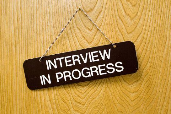 Come mi vesto per un colloquio di lavoro? (Per leggere i consigli del blog di DressYouCan clicca sull'immagine)