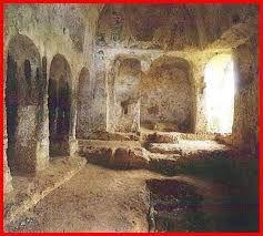 Risultati immagini per chiese rupestri a monopoli