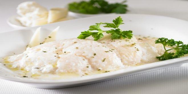 Rollitos de Merluza con Queso, una idea diferente para preparar pescado de forma fácil y deliciosa.