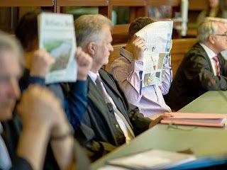 Stellungnahme von Oliver Schulz zur wiederholt falschen Berichterstattung von GoMoPa.. Oliver Schulz - Stefan Beiten - Nikolaus Weil - Franz-Philippe Przybyl und GoMoPa.. http://eck4cafe.blogspot.de/2013/09/oliver-schulz-stefan-beiten-nikolaus.html