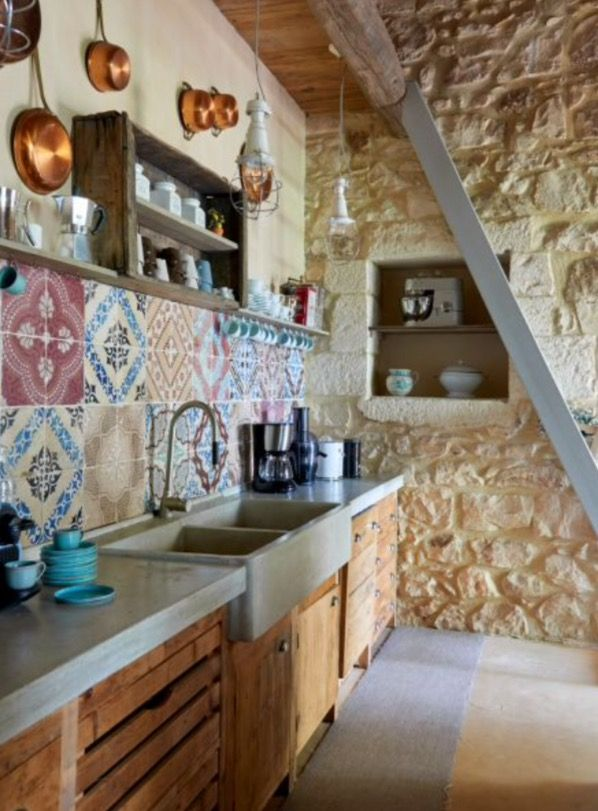 """This very nice kitchen is from our feature """"Earthy Oasis"""""""