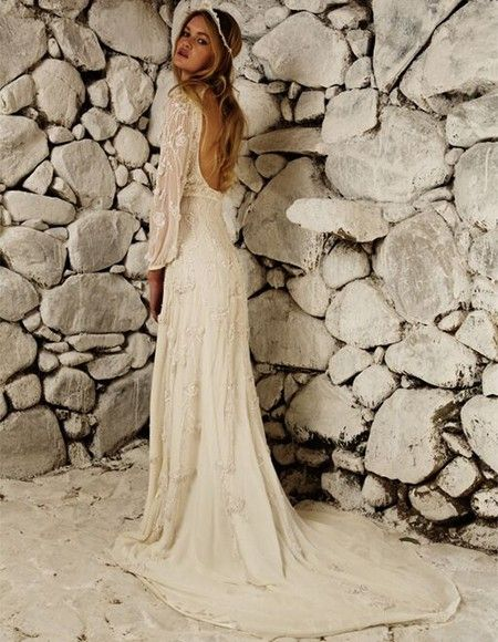 Bo + Luca is breaking the norm of bridal fashion and bringing your gown fantasies to life.