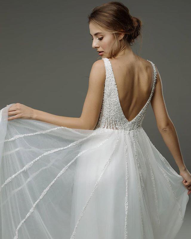 место легкие летящие свадебные платья фото множество способов