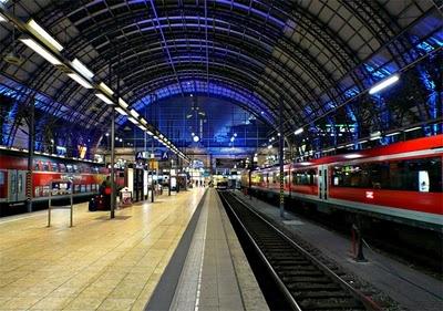 Frankfurt: Train Station