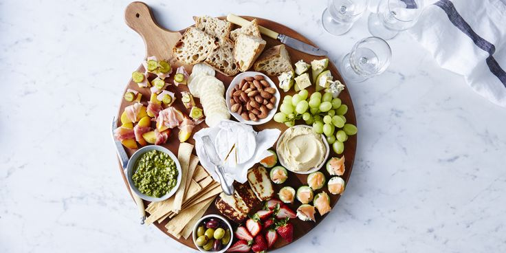 The Ultimate Sugar-Free Antipasto Platter via @iquitsugar