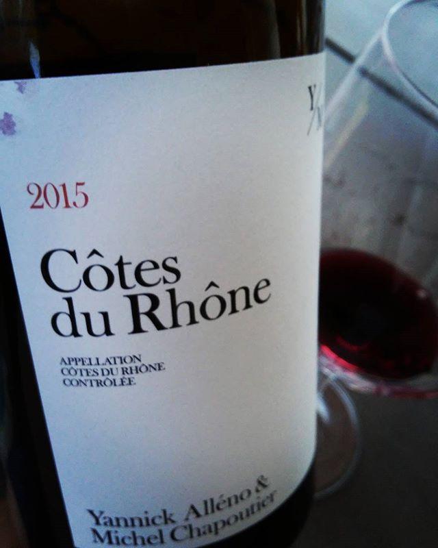 Pour ma part c'est le #vin rouge de l'été !! Une bouche d'une structure souple et séduisante et subtilement croquant de...