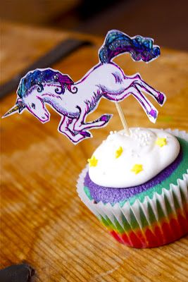 What's not to adore about a unicorn topped rainbow cupcake? (Answer: nothing! :D) #food #rainbow #cupcake #topper #unicorn #fun #kids