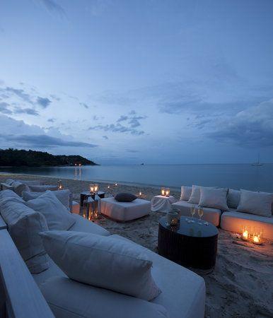 Cocktails on the beach #airnzsunshine