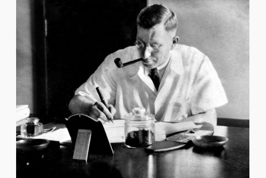 Type of Source: Picture/ Date of Origin: 1920/ The discovery of insulin in 1922 was a breakthrough in medical science. Fredrick Banting and J.R.R Macleod had discovered the cure. Before the discovery of insulin in the early 1900's, the only treatment were starvation diets and strict exercise regimens. The first test was done on a diabetic boy named Leonard Thompson. It was a success. The picture here shows Banting working in his office.