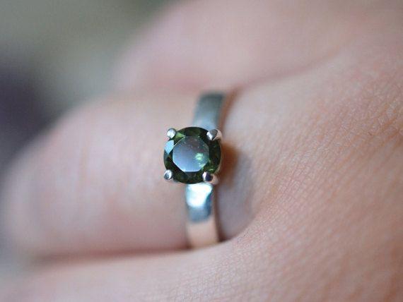 Diamants taille brillant Moldavite bague - bague en argent Sterling - anneau de l'espace extra-atmosphérique - météorite bague - extraterrestre - facettes Moldavite - l'abeille du lierre