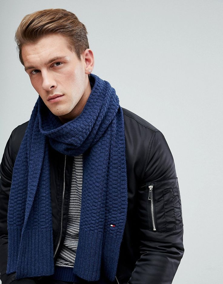 TOMMY HILFIGER TEXTURED KNIT SCARF IN NAVY - NAVY. #tommyhilfiger #