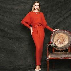 Winter long dress #vintageboutique #vintagefashion #vintageoutfits #vintageclothing #vintagedress #retrostyle