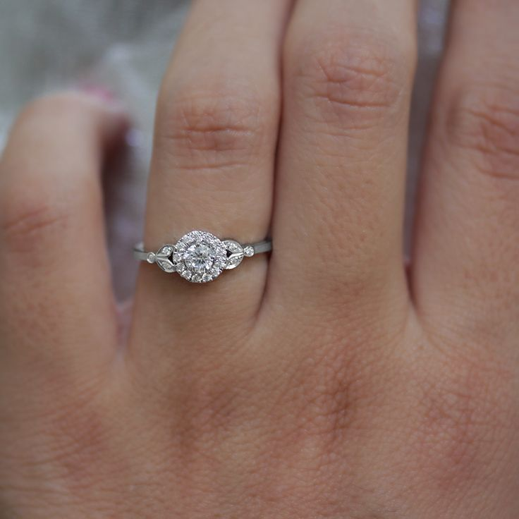 Leaves engagement ring white gold xo Silly Shiny Diamonds