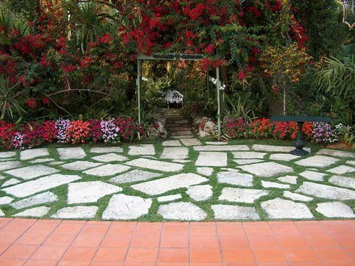 80 best concrete pavers u0026 stone work images on pinterest driveways and garden ideas