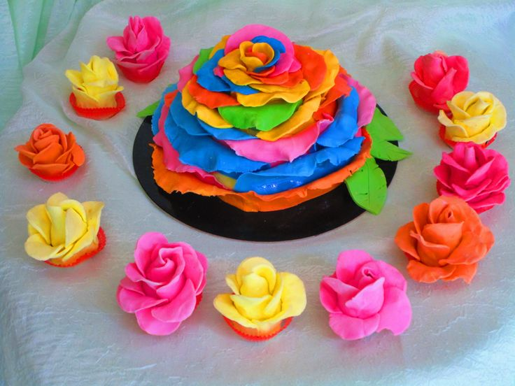 Rainbow rose birthday cake and colourful cake-pop