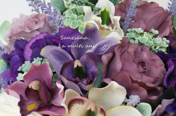 Sanziana La multi ani! #aranjament #flori #artificiale #floriartificiale #alb #roz #cyclamen #crem #violet #verde #trandafir #hortensia #bujor #viburnum #frunza #decoratiuni #infrumusetare #casa #flowerstagram #beatrixart www.beatrixart.ro