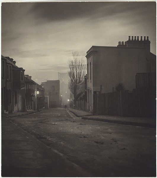 "Harold Cazneaux  ""Lighting up"" Albion Street, Surry Hills 1906"