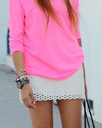 Color combo and cute shirt