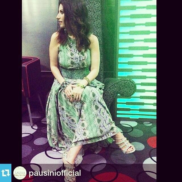 #laurapausini indossa la #fascia #belt #elesitalia #eles #fashionbrand #madeinitaly #italiansinger #fashion