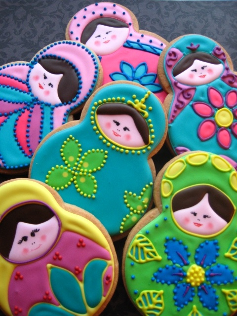 Matroyska cookies by Sugar Sugar Gal. These are edible??! They're so cool!