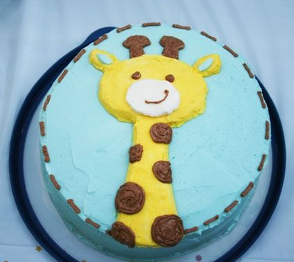 Giraffe Cake.  My 6yo loves giraffes.  Maybe for her next birthday.  This looks much easier than most giraffe cakes!