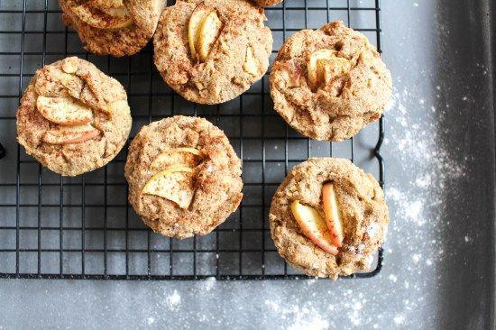 Healthy Apple-Cinnamon Muffins