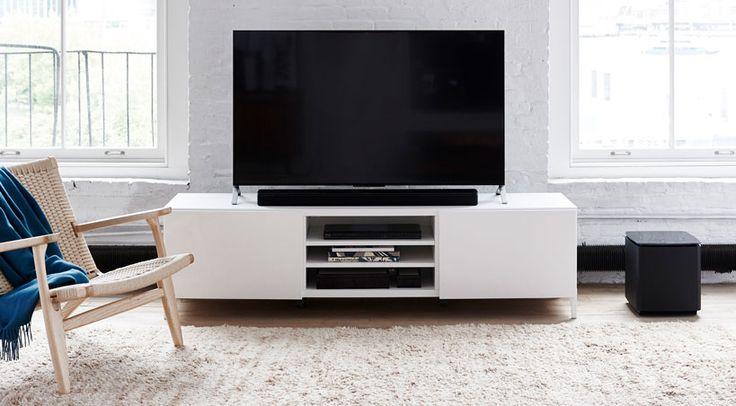 Bester Klang bei kompakten Abmessungen und elegantes Design, so charakterisiert Bose Corporation die neue Bose Soundtouch 300 soundbar.