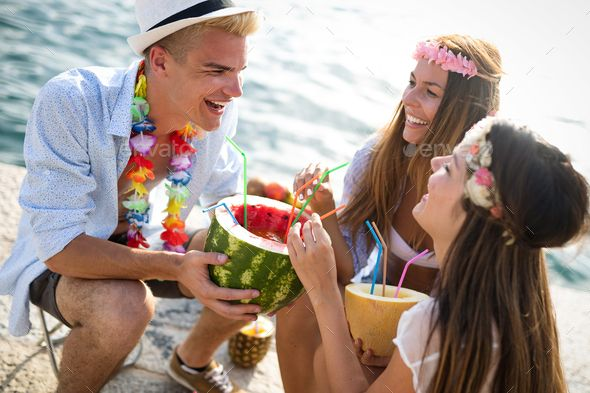 Group Of Happy Friends Partying And Having Fun On Summer Vacation Happy Friends Friends Party Have Fun