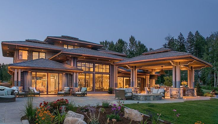 prairie style home... cool option for covered detached patio down the road
