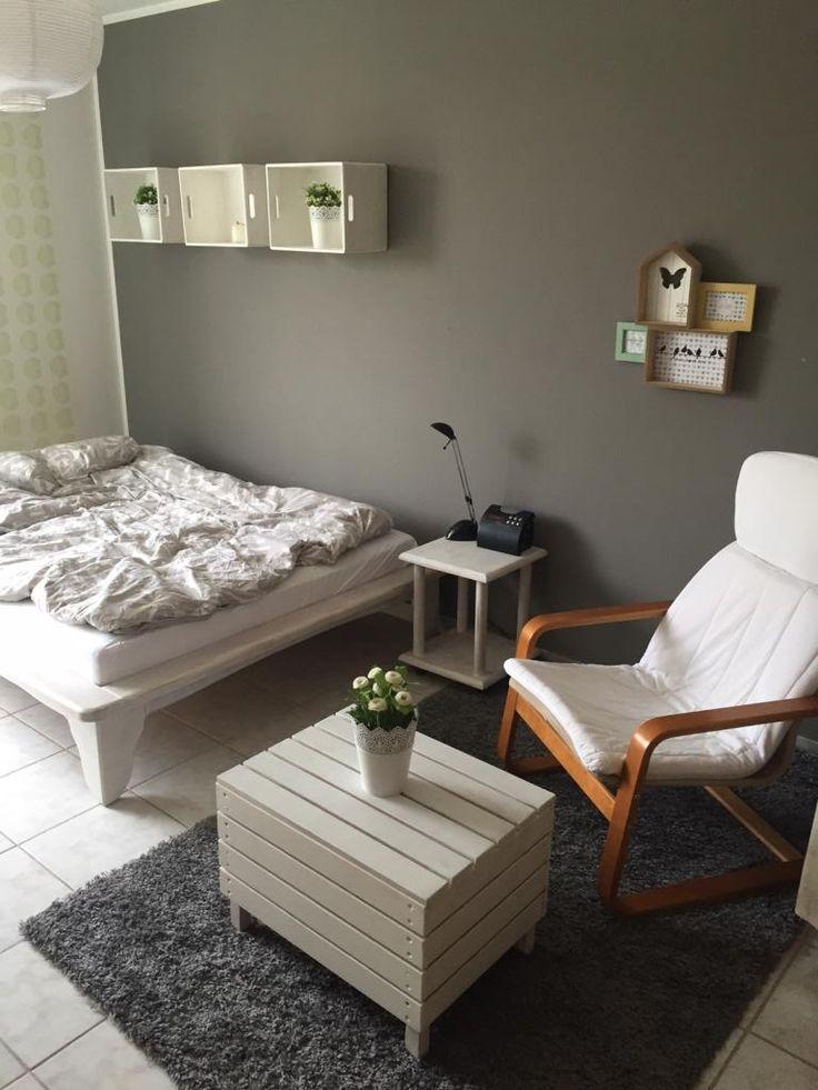die besten 25 wg zimmer ideen auf pinterest erste wohnung wohnungen und ikea zimmer. Black Bedroom Furniture Sets. Home Design Ideas