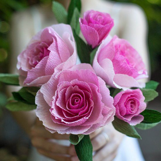 Make these gorgeous crepe roses that look like you just picked them from your grandmother's garden. Tutorial and template.
