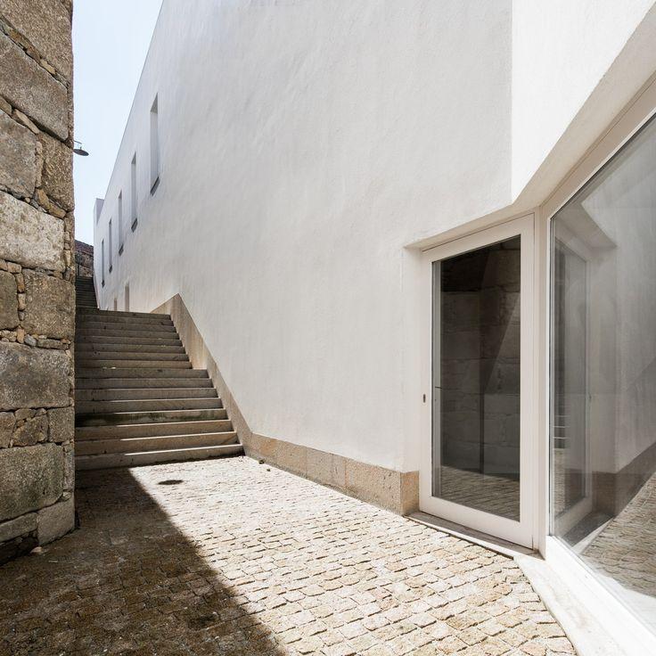 Galeria de MIEC + MMAP / Alvaro Siza + Eduardo Souto de Moura - 2