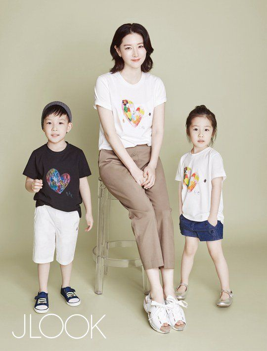 Netizen Buzz: Lee Young Ae participates in charity pictorial with her twins