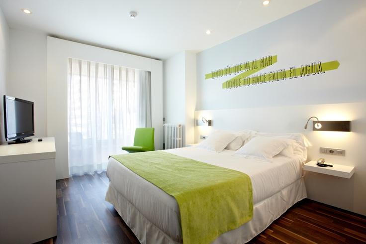 Una de las Suites del Hotel Costa Azul, un mar de poesía, concepto y diseño de Mandarina Creativos.     www.hotelcostaazul.es  www.mandarinacreativos.com