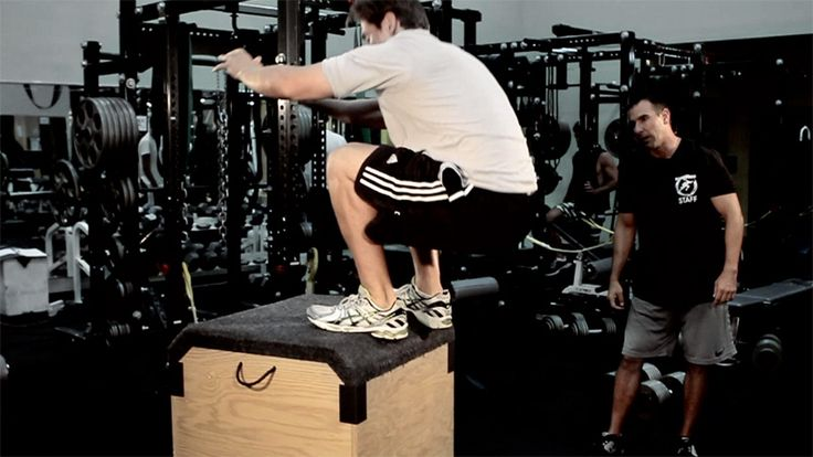 Bodybuilding.com - NFL Combine Trainer: Broad Jump For Major Lift
